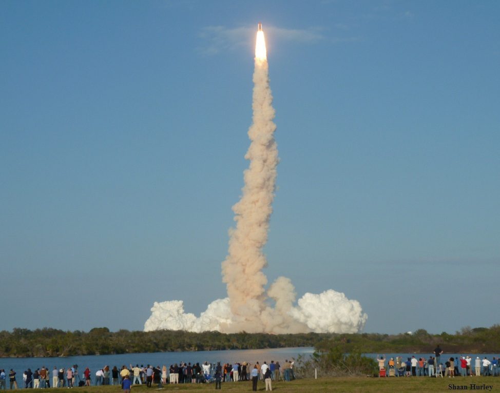 """Discovery"" Space Shuttle launch in daylight"